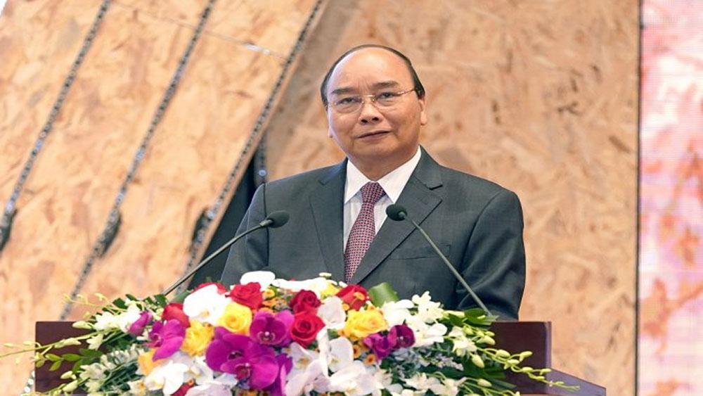 Thủ tướng: 'Nguồn lực phát triển nước ta không phải rừng vàng biển bạc mà là gần 100 triệu dân'